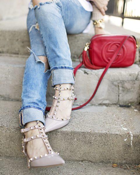 Valentino Pumps & Boyfriend Jeans