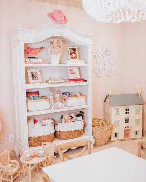 Maxi's Dollhouse
